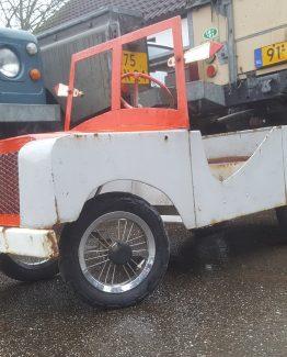 Land Rover Automobilia