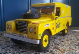 Land Rover model cars and toys