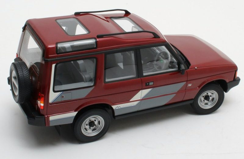 Finally, a large scale model of the original Land Rover Discovery